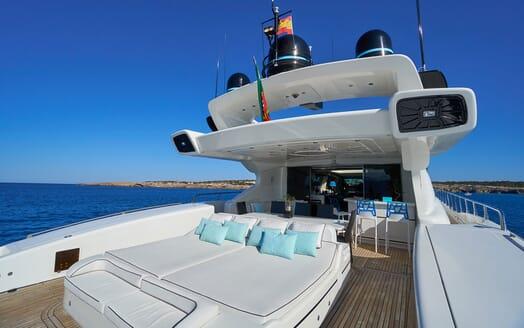 Motor Yacht SHANE Sun Deck Sunpad