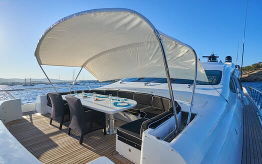 Motor Yacht SHANE Bow Sun Shade and Seating