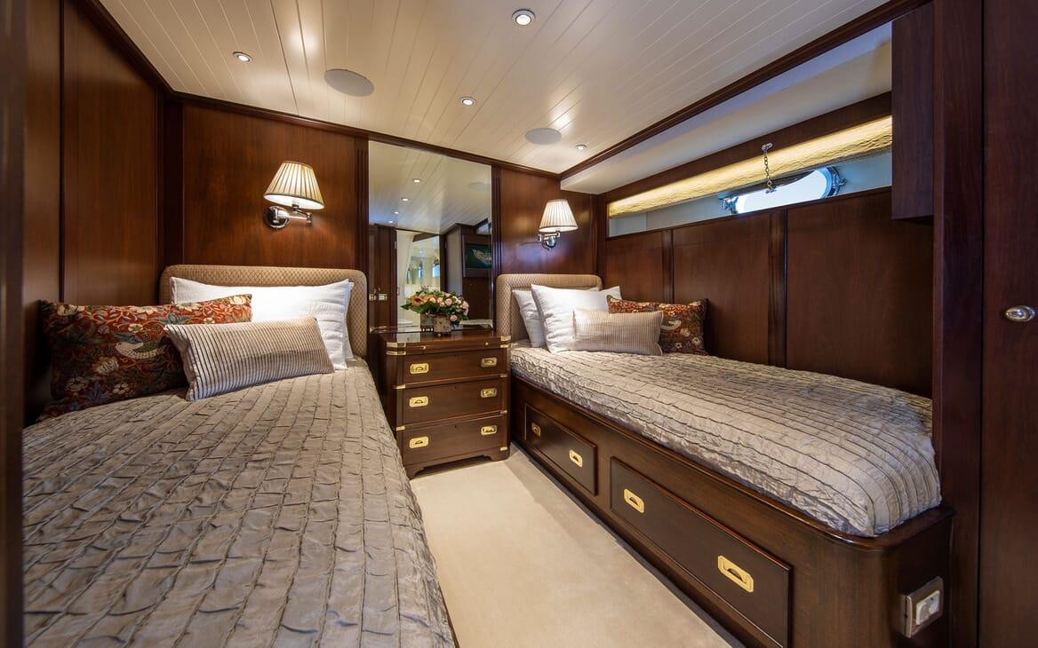 Motor Yacht ODYSSEY III Twin Guest Stateroom