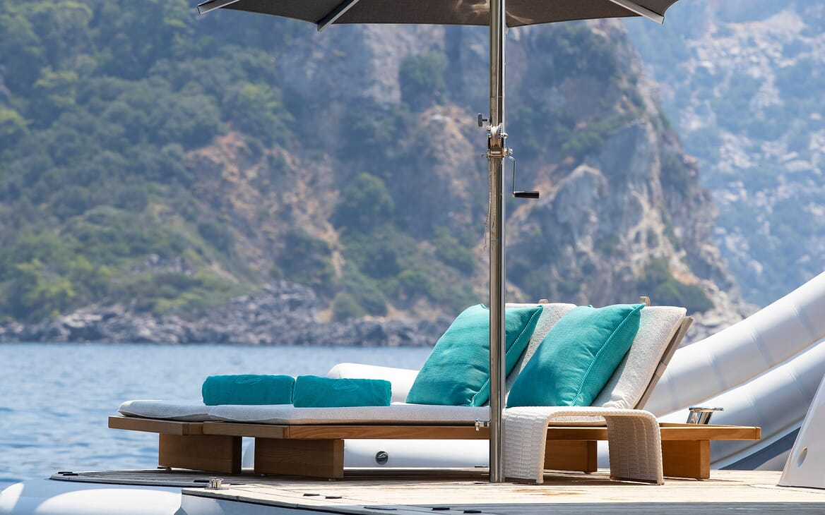Motor Yacht SEA RHAPSODY Swim Platform Sun Loungers
