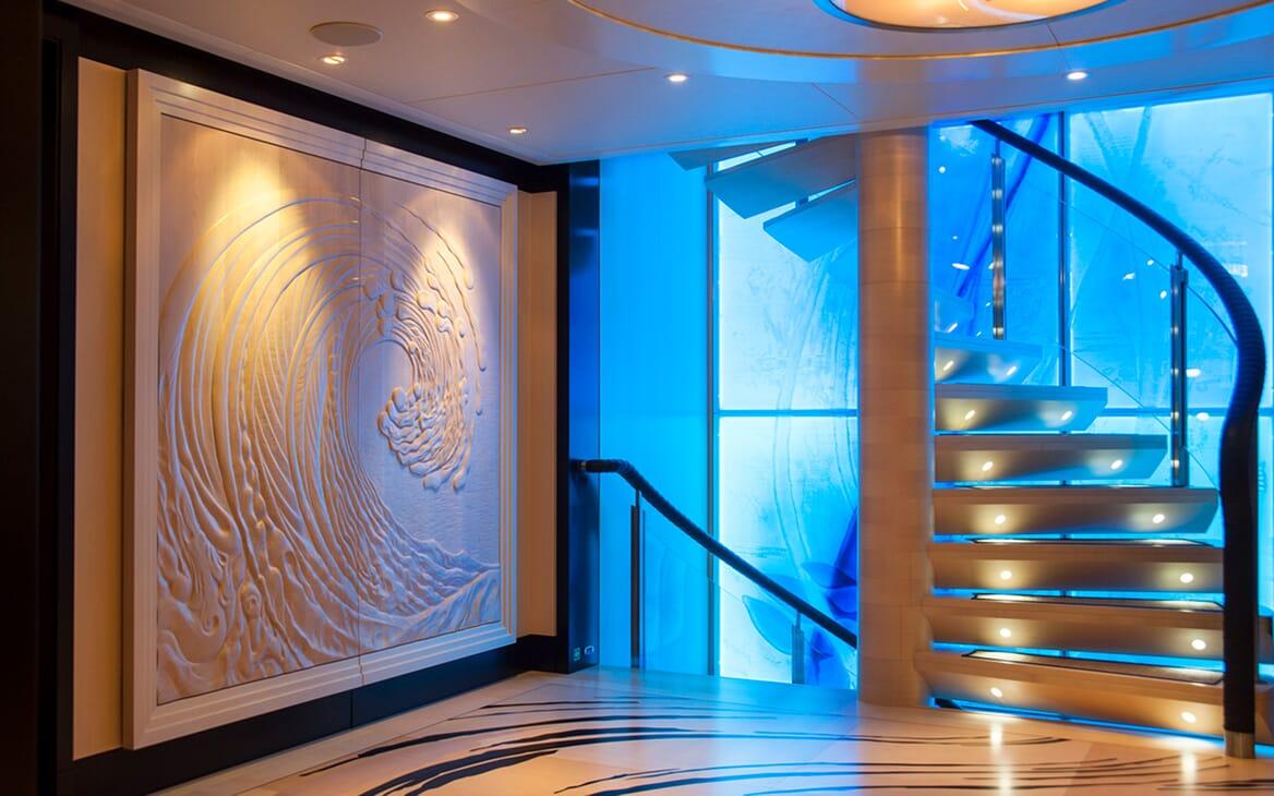 Motor Yacht SEA RHAPSODY Hallway and Staircase
