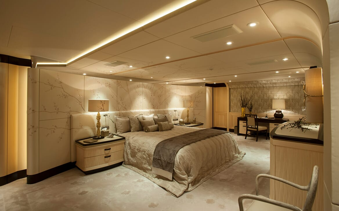 Motor Yacht SEA RHAPSODY Master Stateroom