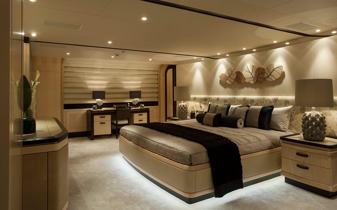 Motor Yacht SEA RHAPSODY VIP Double Stateroom