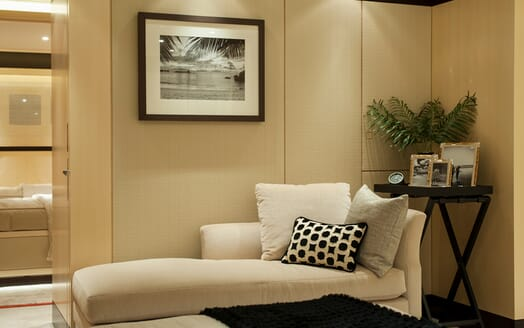 Motor Yacht SEA RHAPSODY Double Guest Stateroom Chez Lounge