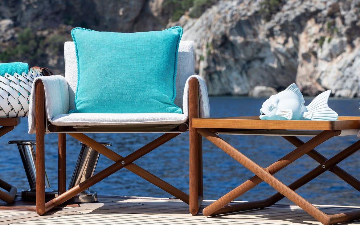 Motor Yacht SEA RHAPSODY Swim Platform Seating