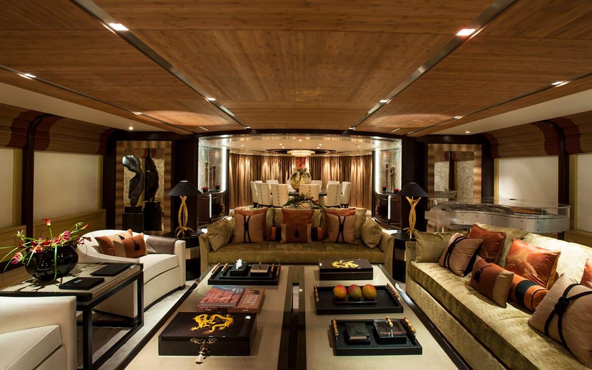 Motor Yacht SEA RHAPSODY Main Deck Saloon