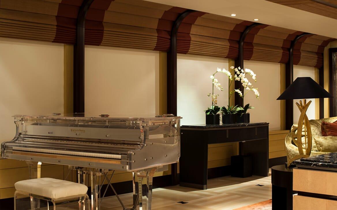 Motor Yacht SEA RHAPSODY Main Deck Saloon Piano