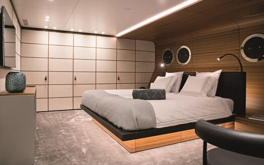 Motor Yacht Silver Fast Double Stateroom