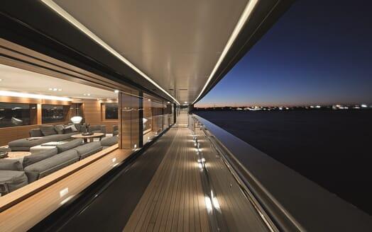 Motor Yacht Silver Fast Gunnel