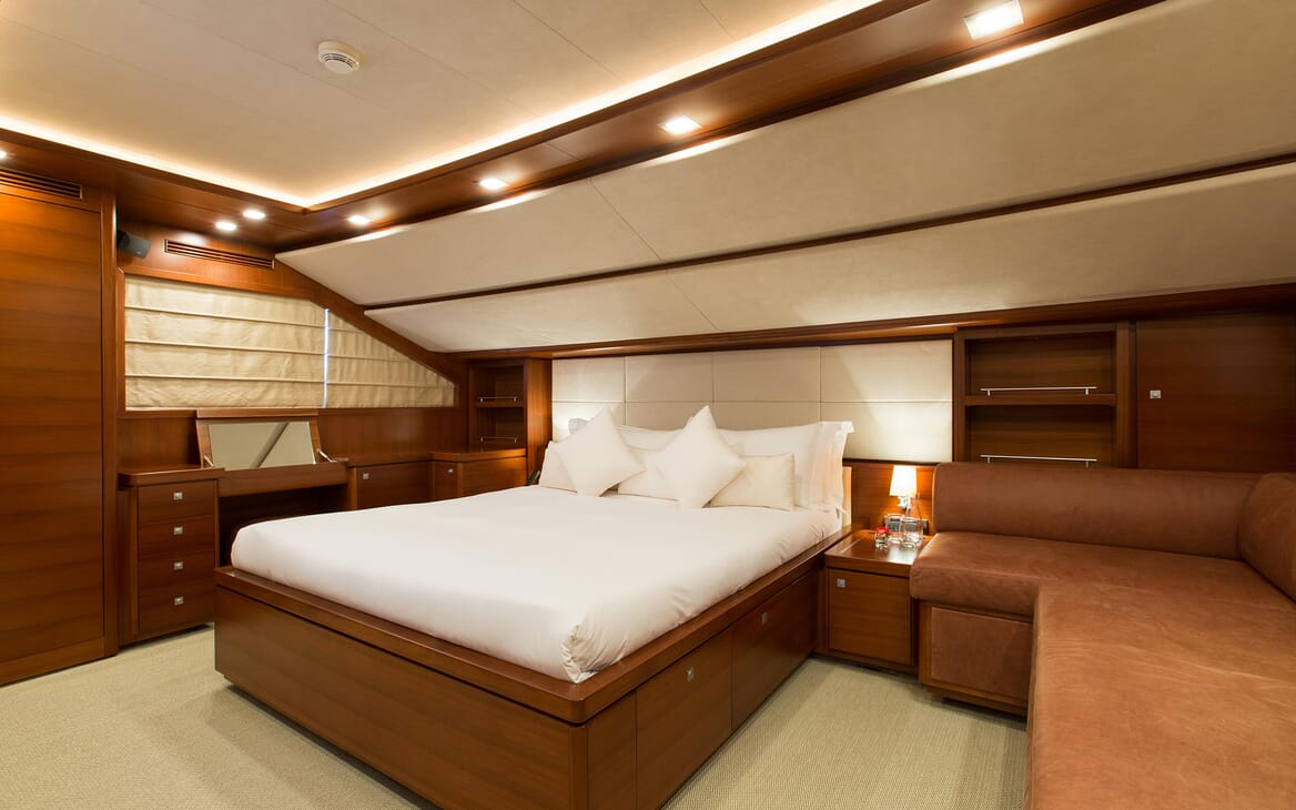 Motor Yacht Robusto Master Stateroom