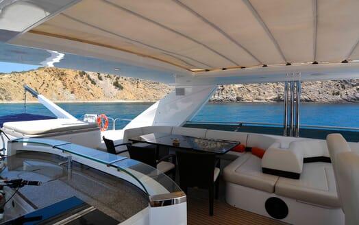 Motor Yacht Maestro of Gibraltar Sun Deck