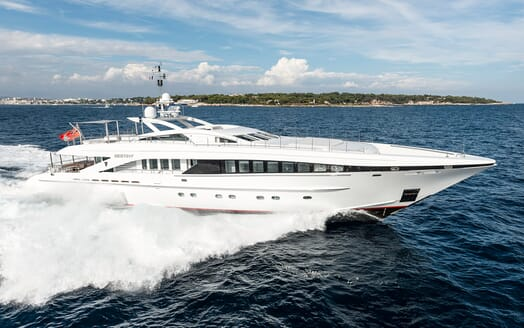 Motor Yacht Destiny running shot