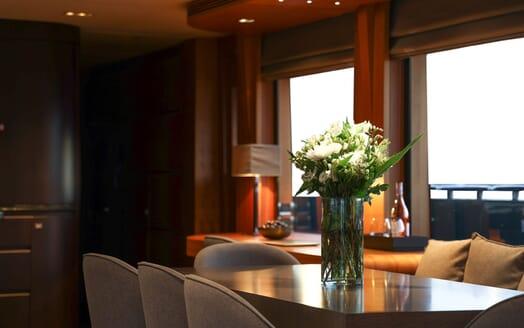 Motor Yacht Meya Meya double cabin