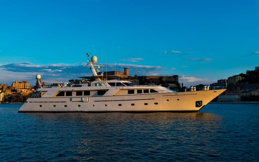 Motor Yacht Nightflower