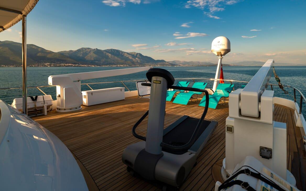 Motor Yacht Nightflower gym