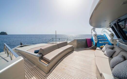 Motor Yacht Giraud Water Slide
