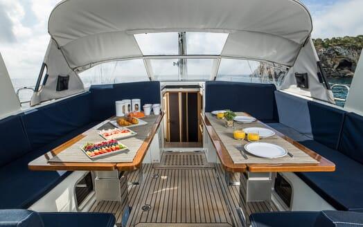 Sailing Yacht Thea cockpit