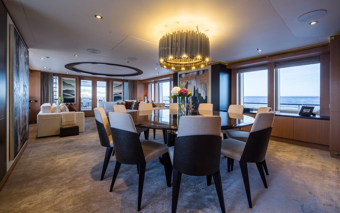 Motor Yacht Go dining area