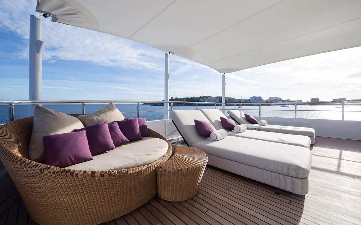 Motor Yacht Go sun loungers