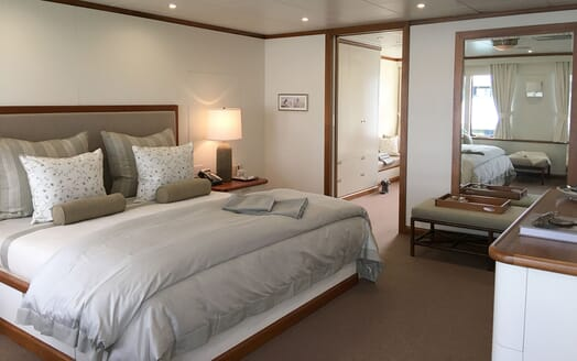 Motor Yacht SURI Double Stateroom