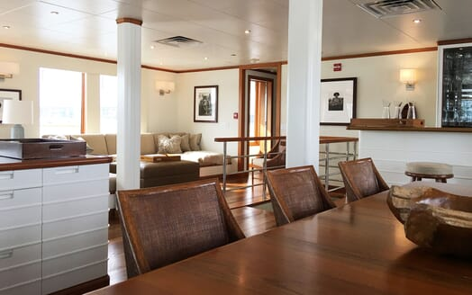 Motor Yacht SURI Main Saloon and Dining Table