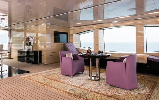 Motor Yacht Quaranta salon