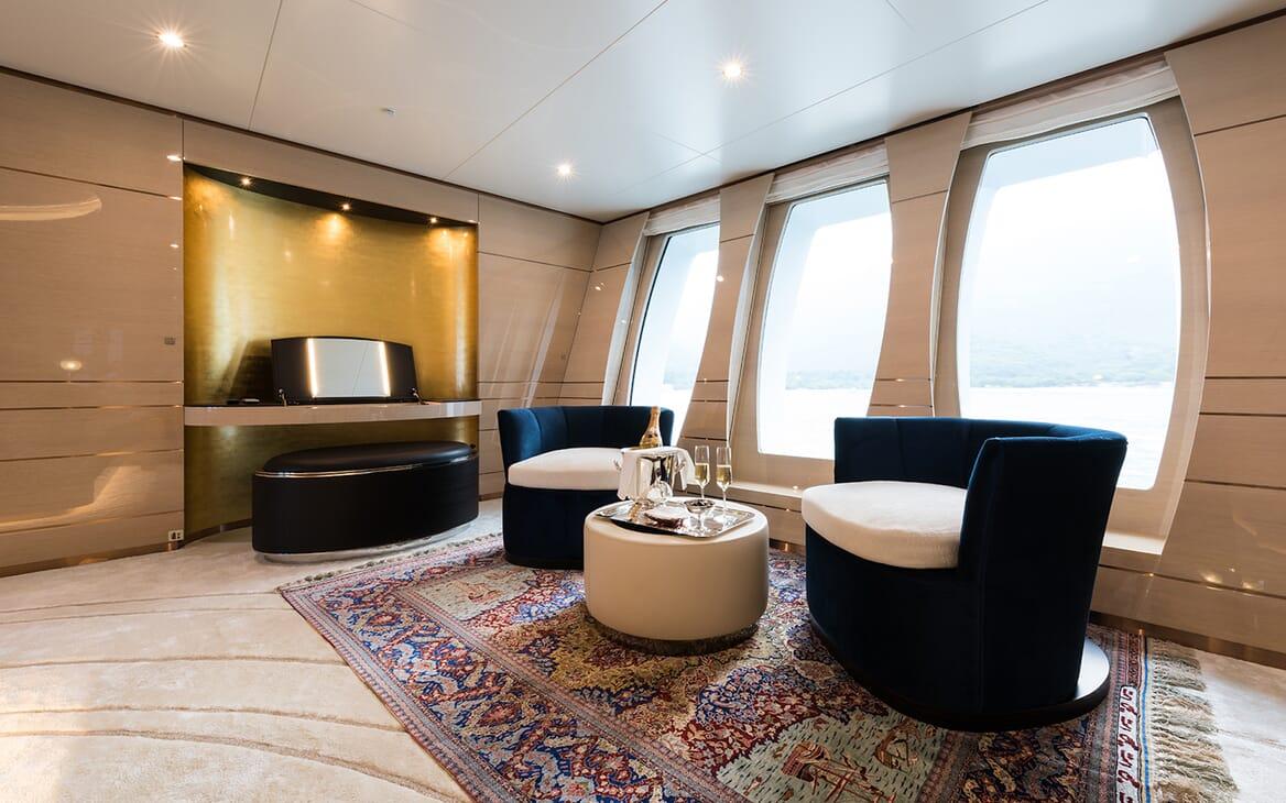 Motor Yacht Quaranta interior design