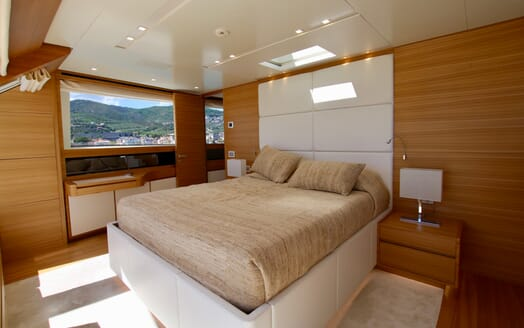Motor Yacht Aventus Master Stateroom