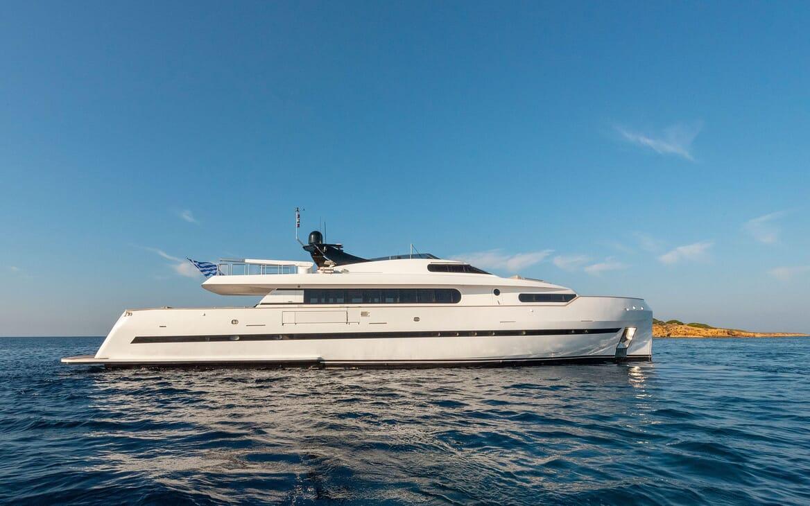 Motor Yacht PROJECT STEEL Side Profile