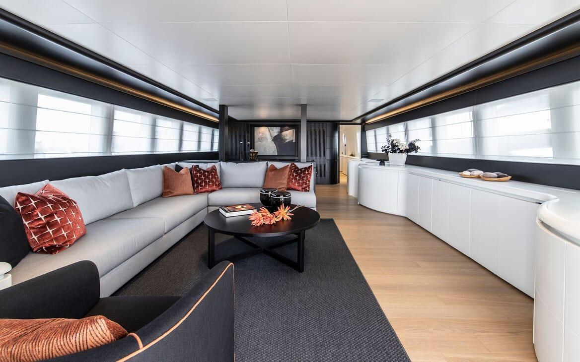 Motor Yacht PROJECT STEEL Main Salon