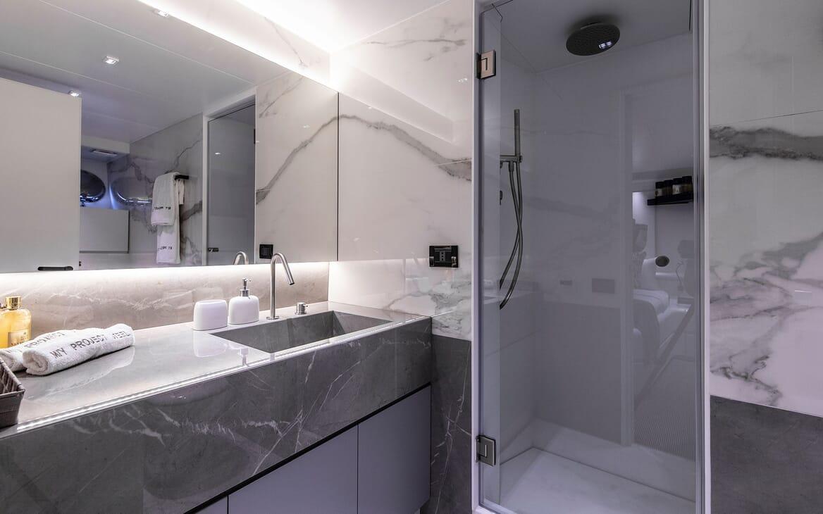 Motor Yacht PROJECT STEEL Showeroom