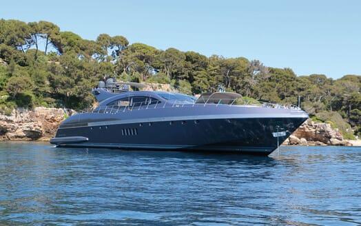 Motor Yacht JFF Profile