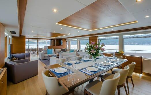 Motor Yacht Mykonos dining area