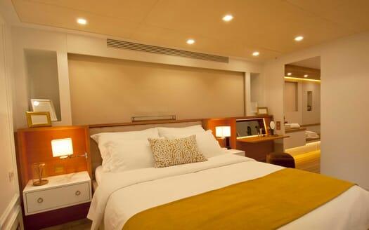 Motor Yacht Harun  guest cabin