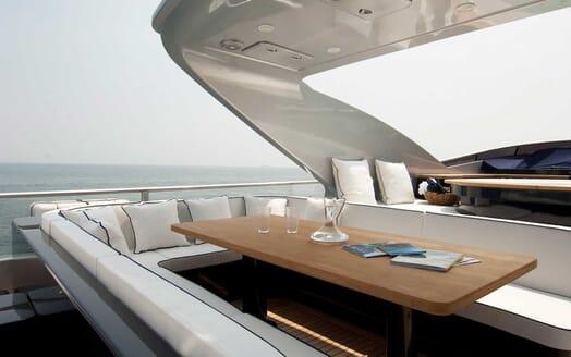 Motor Yacht Harun outdoor seating