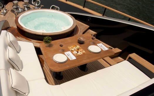 Motor Yacht Harun bow
