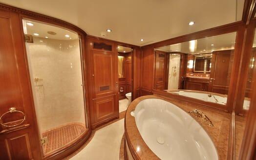 Motor Yacht Nema master bathroom