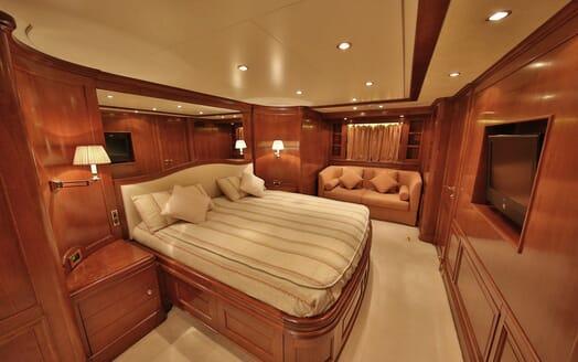 Motor Yacht Nema guest cabin
