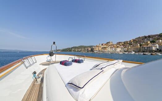 Motor Yacht Bugia bow