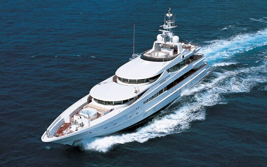 Motor Yacht Sunrise underway
