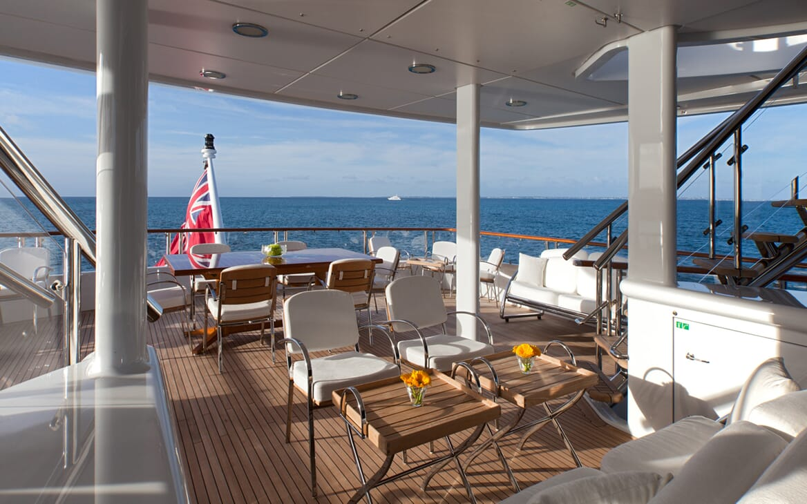 Motor Yacht Sunrise outdoor seating