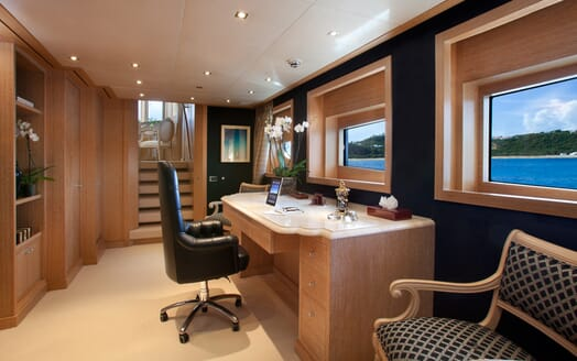 Motor Yacht Sunrise office