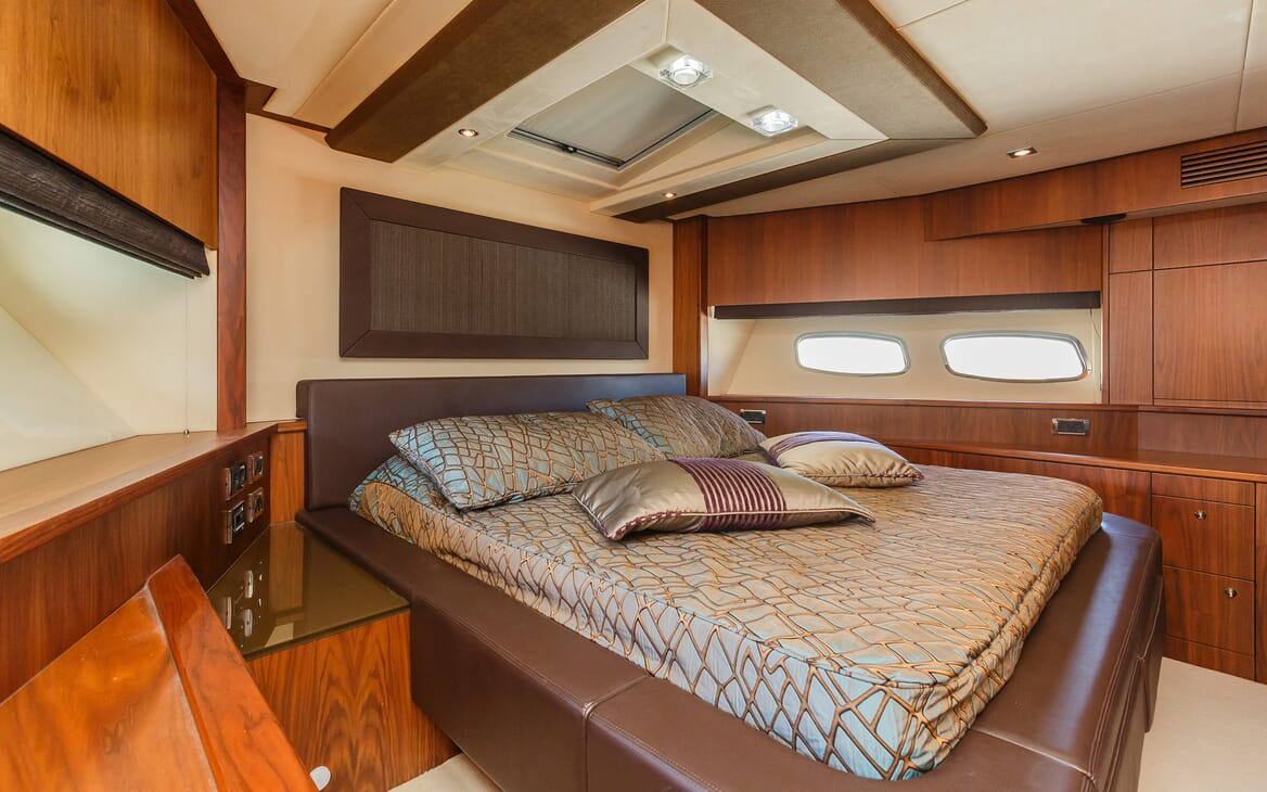 Motor Yacht The Best Way Double Stateroom