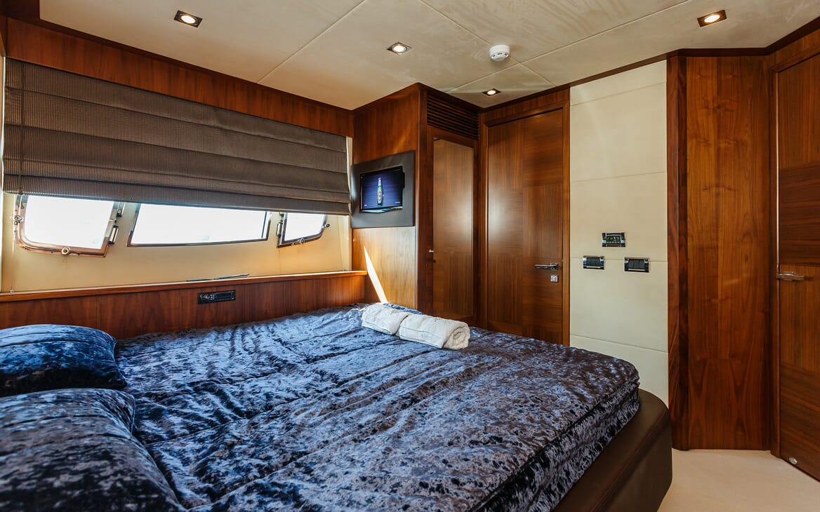 Motor Yacht The Best Way Guest Stateroom