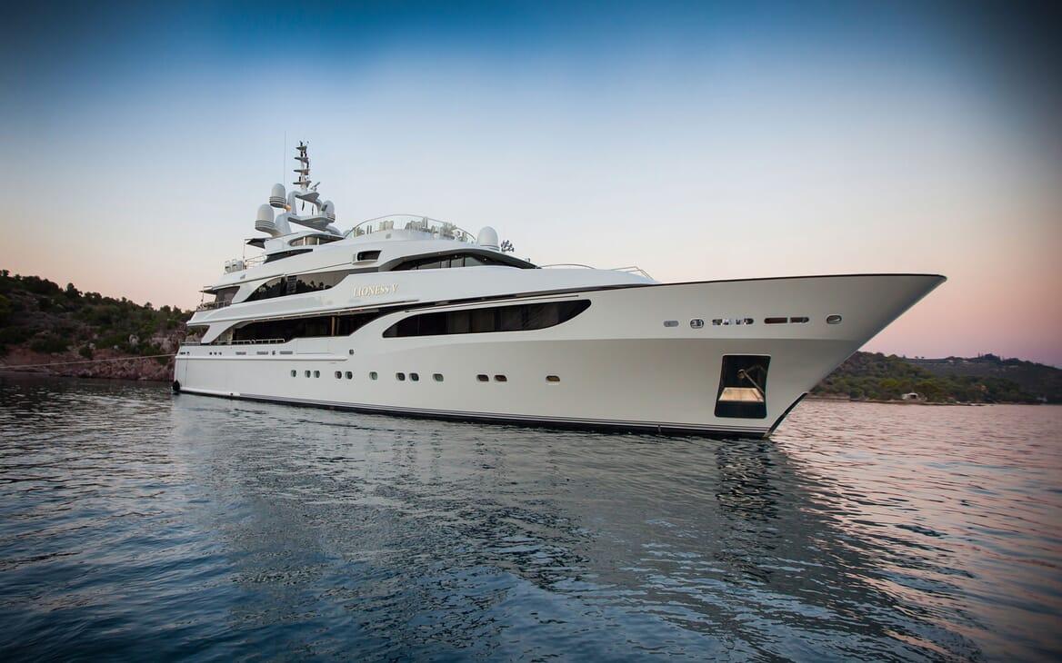 Motor yacht LIONESS V hero shot on water