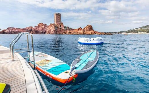 Motor Yacht LUISAMAY Swim Platform Toys