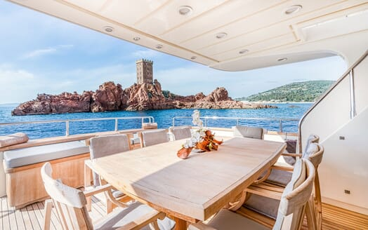 Motor Yacht LUISAMAY Aft Deck Dining Table