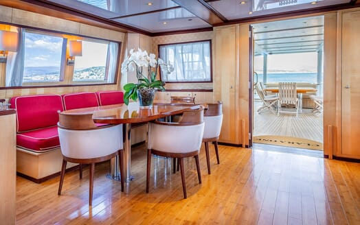 Motor Yacht CLARA ONE Dining Table to Aft