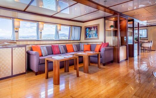 Motor Yacht CLARA ONE Main Saloon Sofas