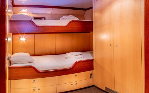 Motor Yacht CLARA ONE Twin Guest Stateroom
